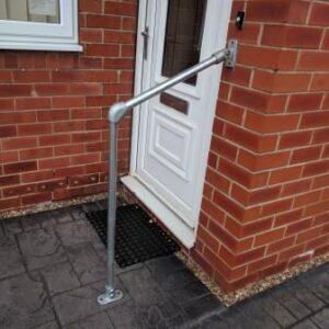 Grab / Handrail